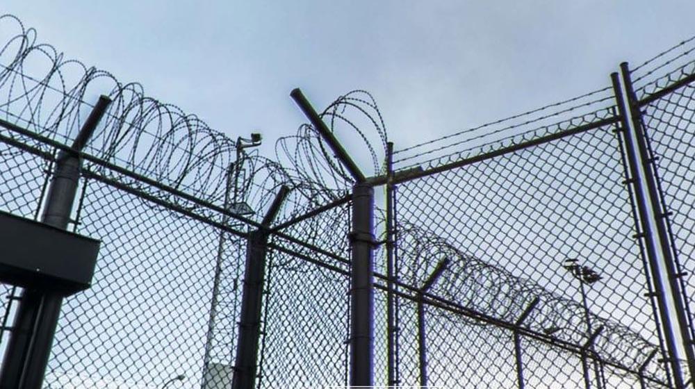 Prison-Barb-wire-1000-x-560
