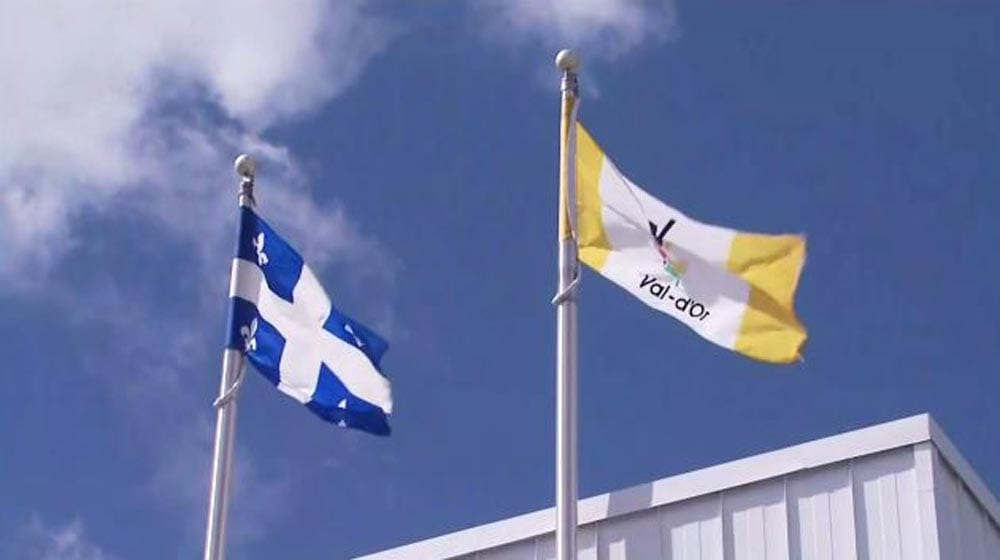 Val-d'Or-flags-1000-x-560