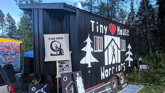 Tiny House Warriors establish new village to resist pipeline, assert Secwepemc sovereignty - APTN News