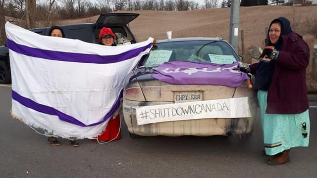 First Nations slow traffic on Highway 401 in support of Wet'suwet'en