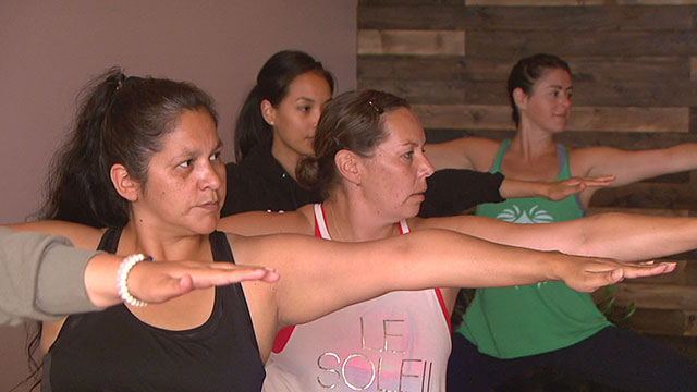 Saskatchewan group merges yoga and elements of Indigenous cultures - APTN News