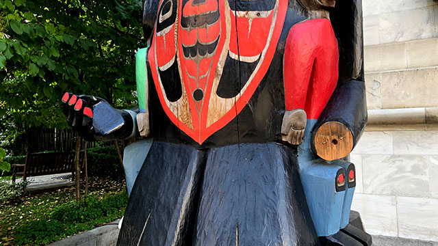 Piece of Charles Joseph's totem pole in Montreal returned to museum following vandalism, public outcry - APTN News