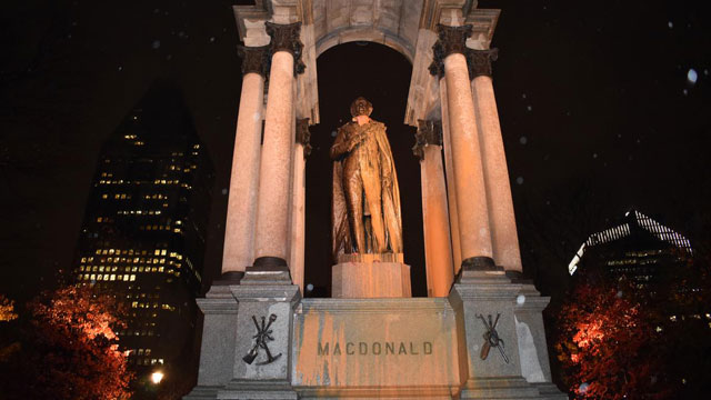 Montreal's John A. Macdonald monument targeted by 'anti-colonial zombies' - APTN News
