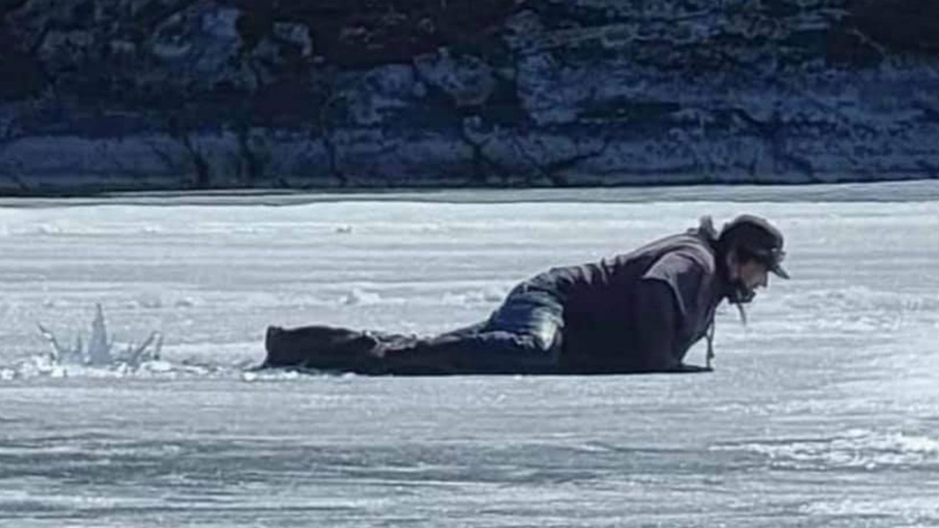 Wasagamack First Nation calls for new store after people fall through ice