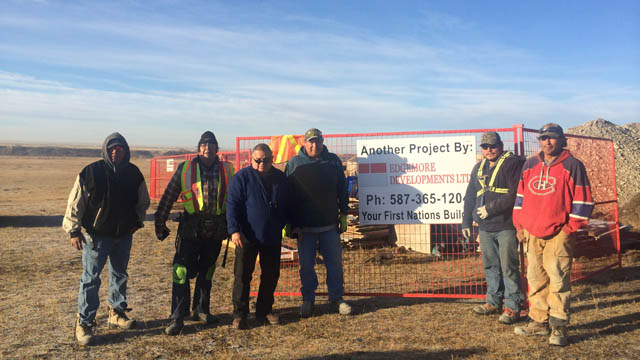 Siksika Contract workers
