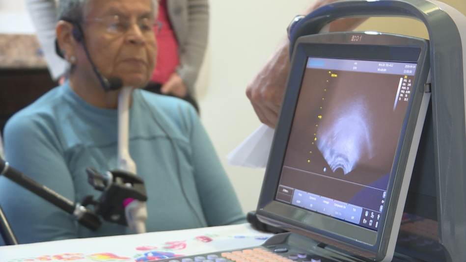 Linguists record ultrasound video of Phillips speaking.